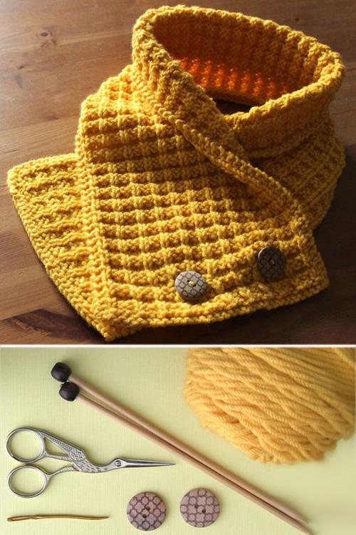 Waffle Stitch Neck Warmer Scarf - Free Pattern & Tutorial