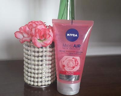 Resenha do sabonete micelar com água de rosas nivea