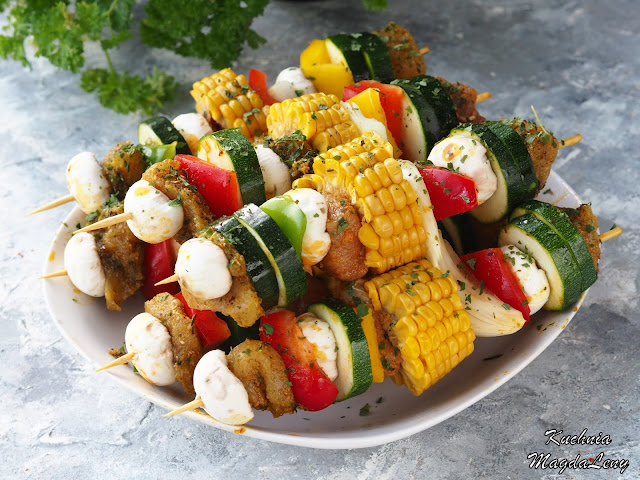 Szaszłyki z kolbą kukurydzy