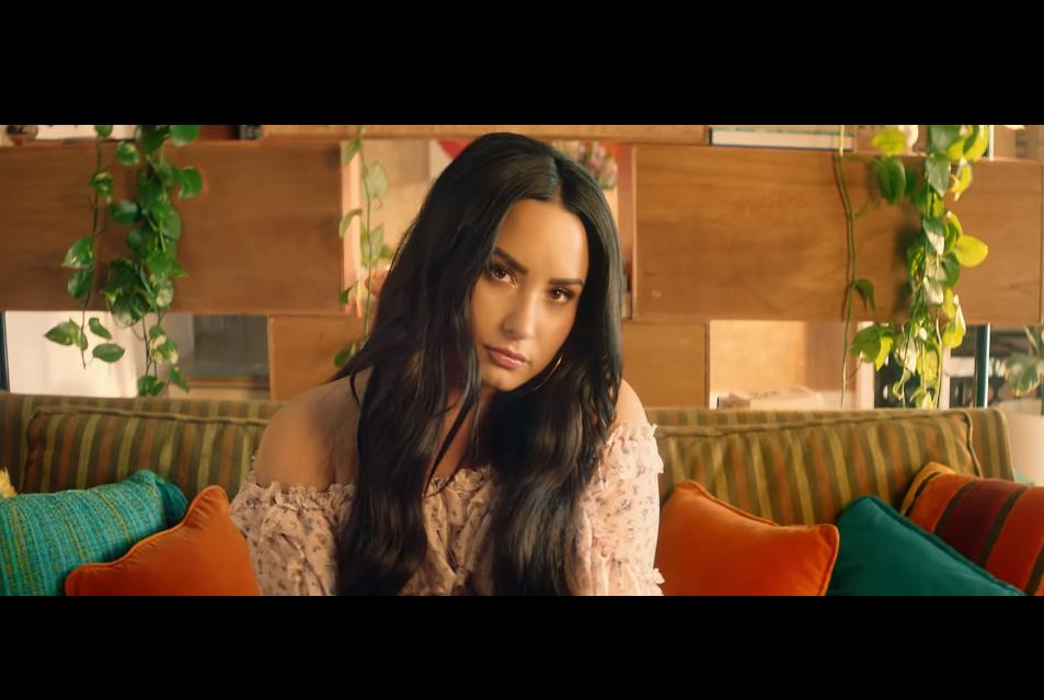 Video + Terjemahan Lirik Lagu Solo - Clean Bandit feat Demi Lovato
