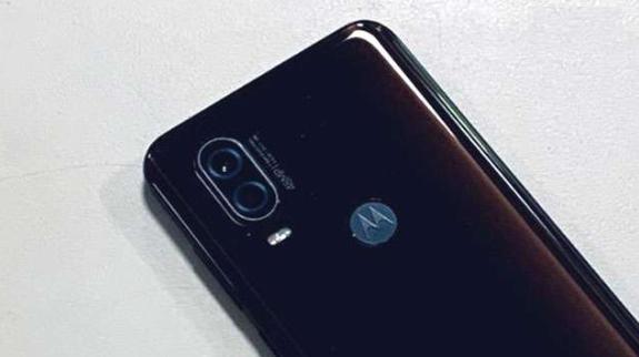 Flipkart Big Billion Days Sale: Up To Rs 5,000 Off On These Motorola Smartphones