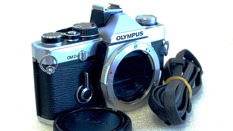 Olympus OM-2n (Chrome) Body #101