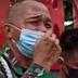 Anggota Nangis TNI di depan polisi regional Siantar, meminta perhatian kepemimpinan mengenai kasus anaknya
