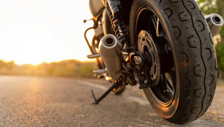 5 ways to take care of your motorcycle at home.