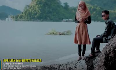 kumpulan lirik lagu Aprilian Feat Hayati Kalasa - Cinto Sampai Mati