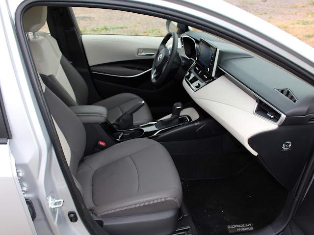 Novo Corolla 2020 Híbrido - interior