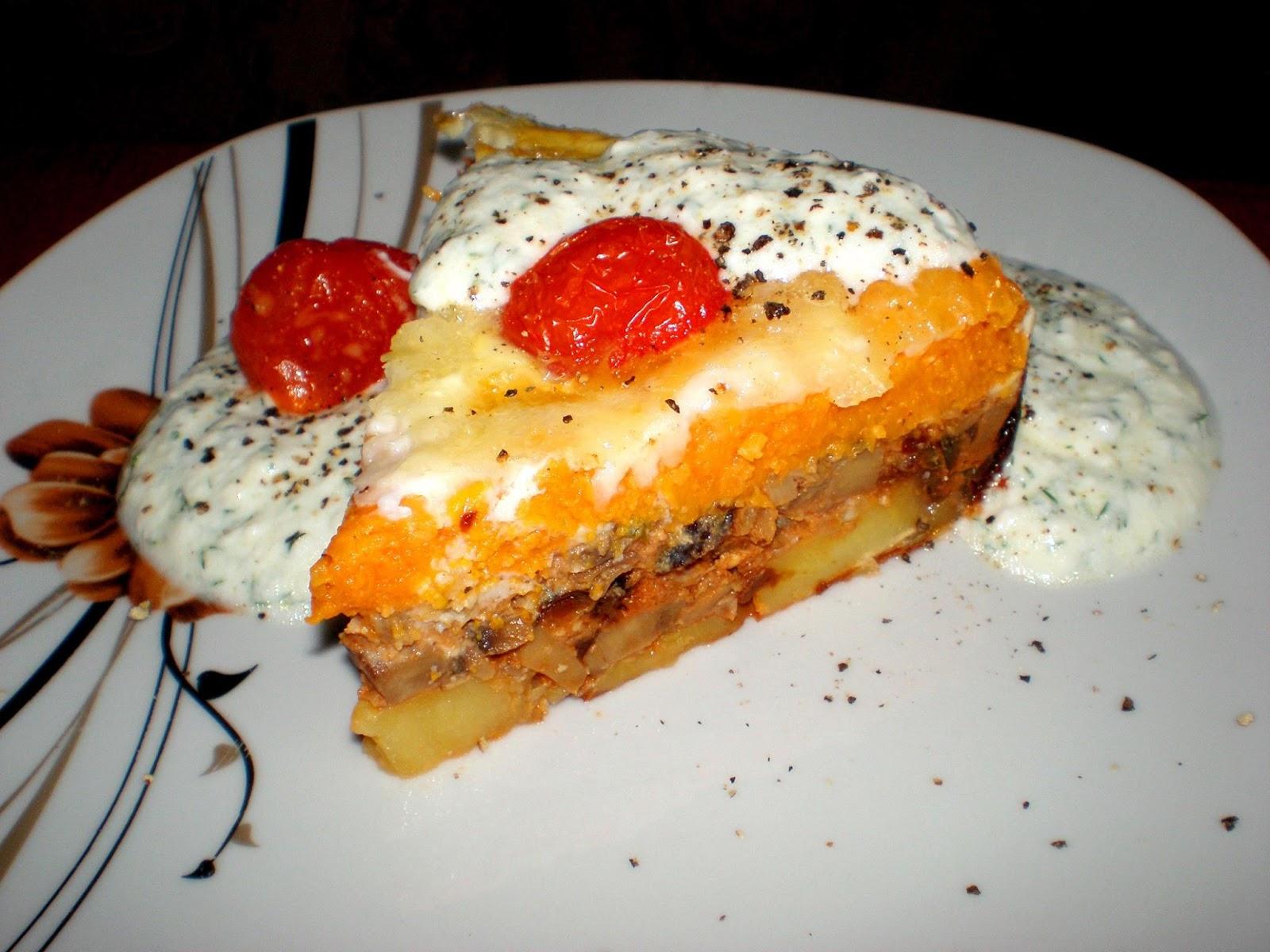 Musaca delicioasă cu prune uscate și ciuperci