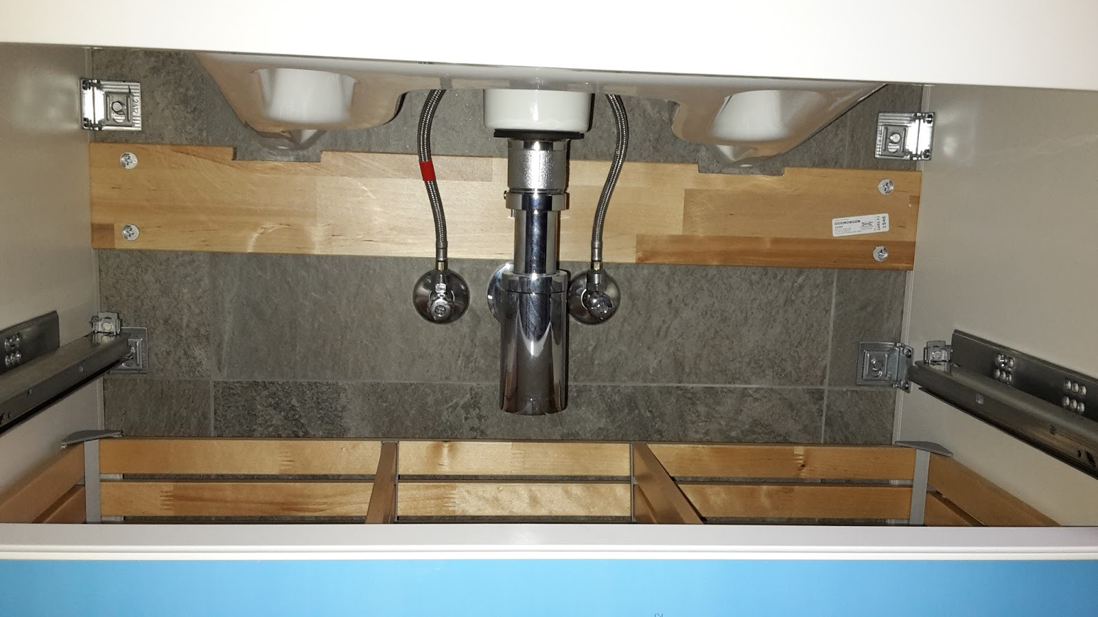 ikea kuche schublade passt nicht. Black Bedroom Furniture Sets. Home Design Ideas