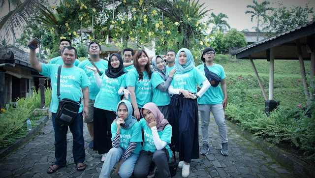 Para Panitia Family Gathering Qwords di Sambi Resort Yogyakarta