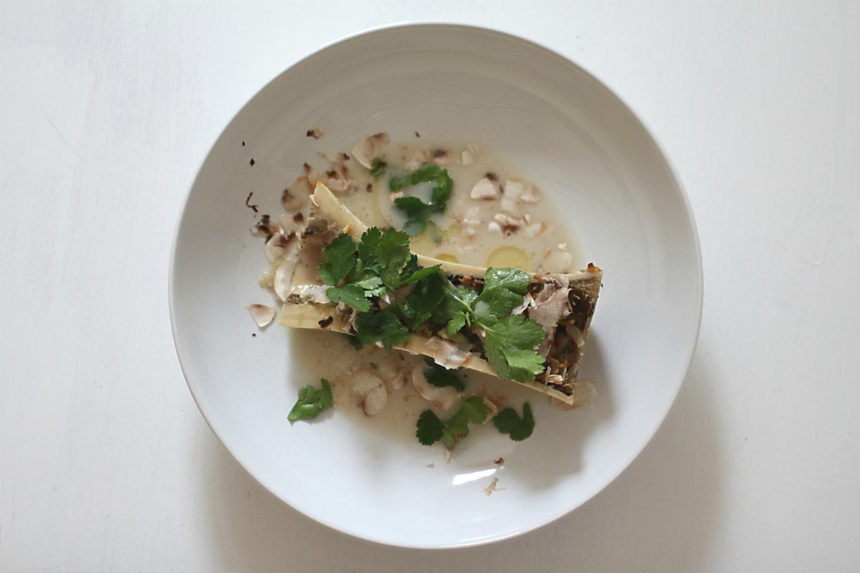 Gebackener Markknochen mit Miso und Kokos [Supperclub] | Arthurs Tochter Kocht von Astrid Paul