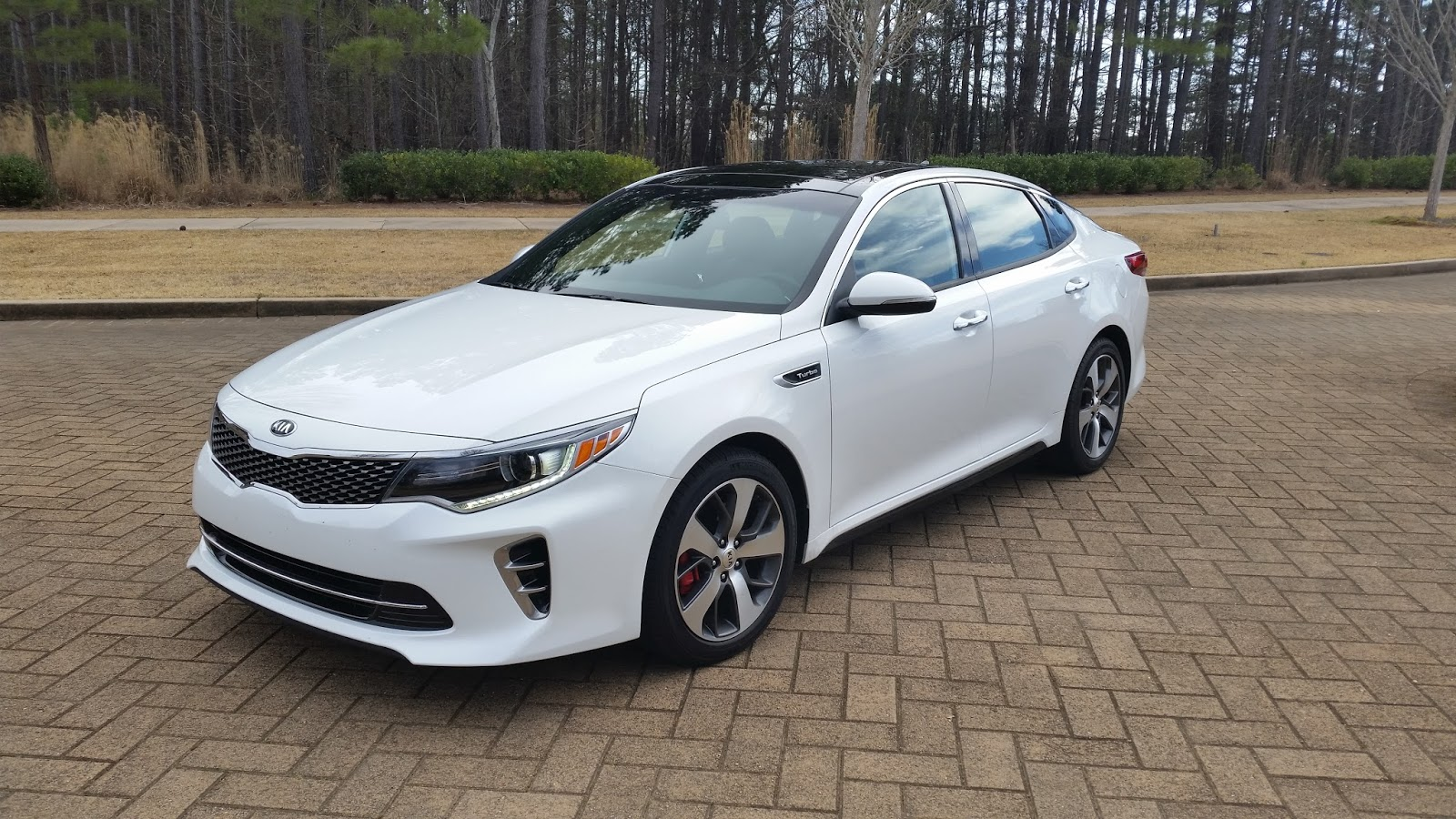 auto industry connection 2016 kia optima sx turbo a refreshed and refined. Black Bedroom Furniture Sets. Home Design Ideas