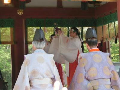 鶴岡八幡宮菖蒲祭