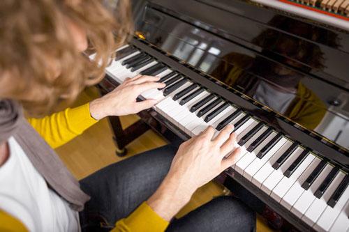 Lời Khuyên Khi Học Piano Dành Cho Người Lớn