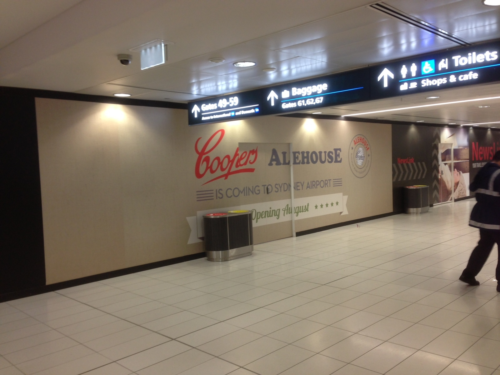Sydney Airport Shops Sydney Airport Coopers Alehouse Msc Signs