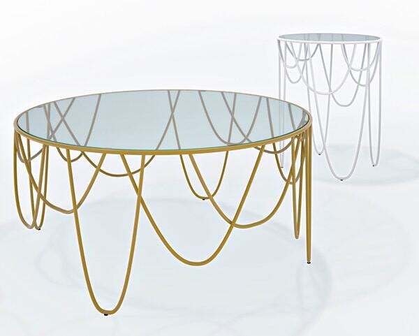 minimal outdoor coffee table