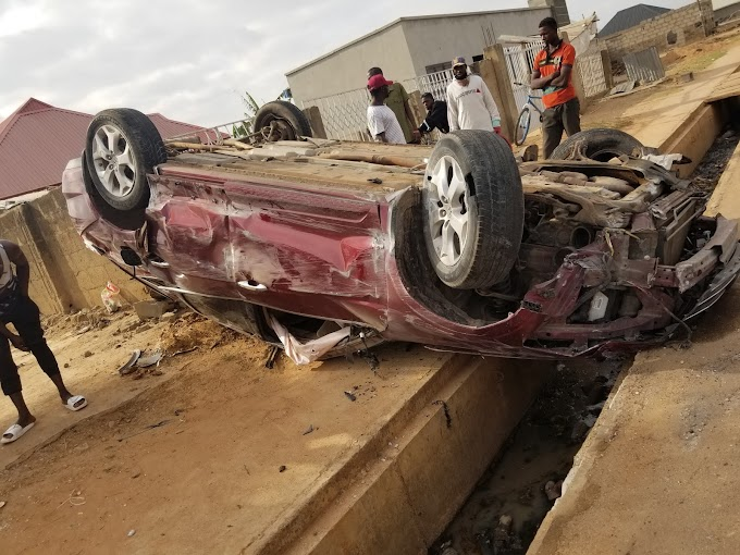 Car tumbled three times at Karji, claims no life.