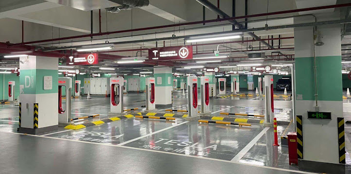 Tesla Builts The World's Largest Supercharger Station In China