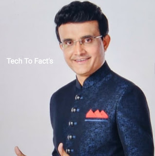 What is the monthly income of Sourav Ganguly?