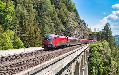 النمسا,الكمامة,تتسبب,في,تأخر,قطار,بساعة,تقريبا