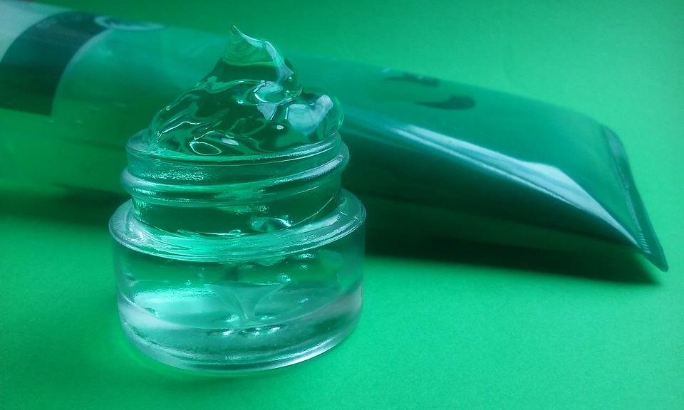 Benefits of aloe vera gel for skin whitening,alovera gel ke faide