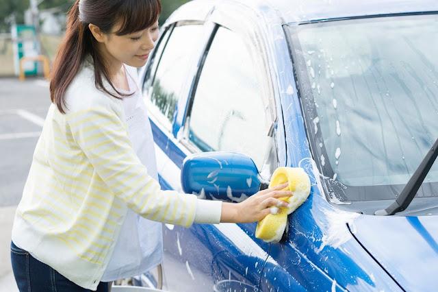 Tips Mencegah Jamur Pada Kaca Mobil Akibat Hujan