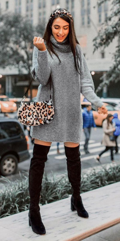 The holidays are here, these simple but cute festive outfit ideas are ready to help you shine glamorously in your upcoming Instagram photos. Holiday Fashion + Style via higiggle.com | Winter Sweater Dress | #winter #dress #sweater