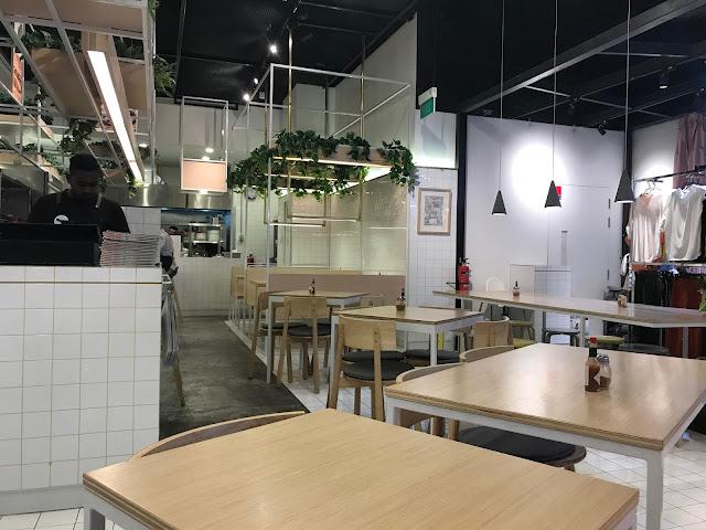 Noodle Bar by Tokyo Latte - Interior