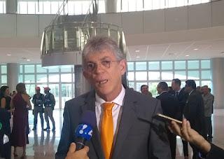 Advogado confirma que Ricardo está na Turquia e que antecipará retorno para se entregar a Justiça