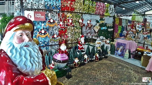 Christmas Decors at the Little Dapitan Cloverleaf