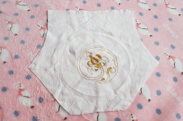 tambour embroidery gold embroidery auris lothol pomegranate reticule regency tutorial sewing handmade