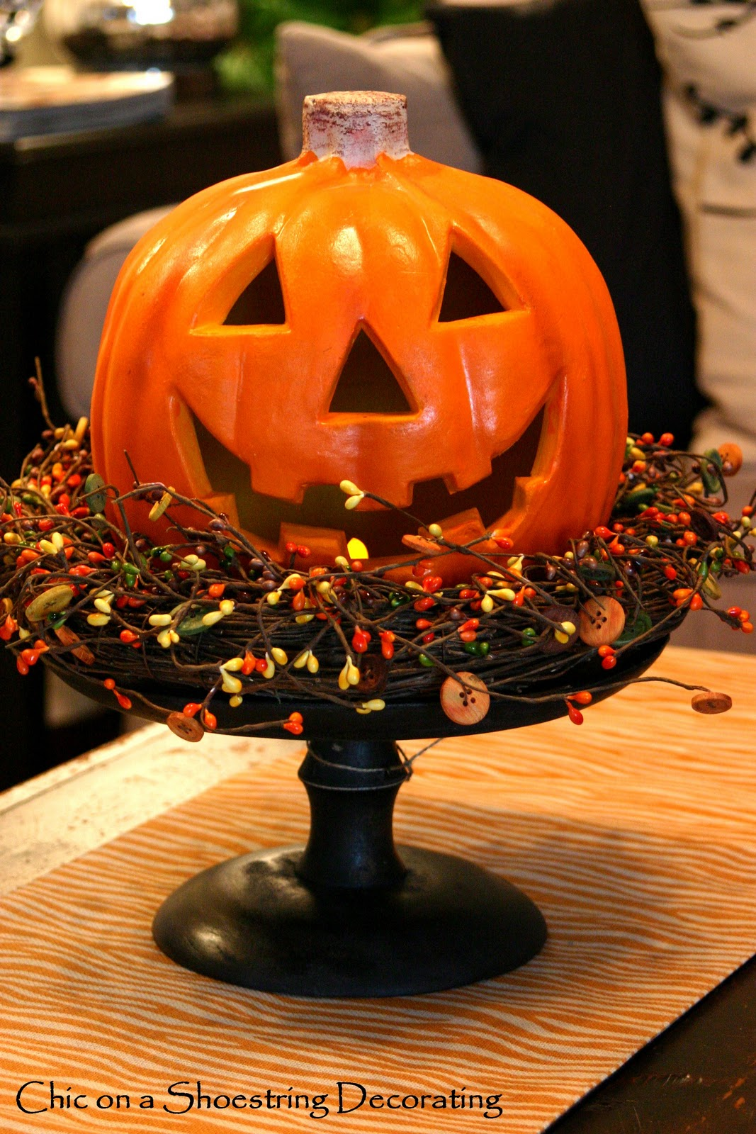 Chic on a Shoestring Decorating More Halloween Black Birds