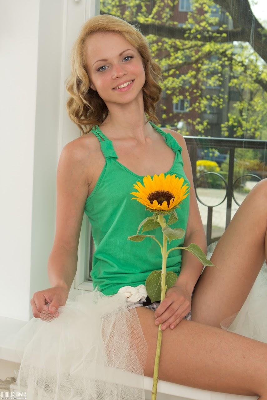 AmourAngels SUNNY EVE Original-size