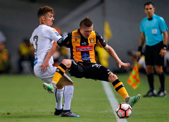 The Strongest vs. Santos - Copa Libertadores