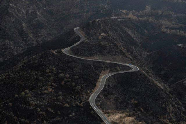 Fotos reconocimiento incendio Gran Canaria desde el aíre... Ver más imágenes