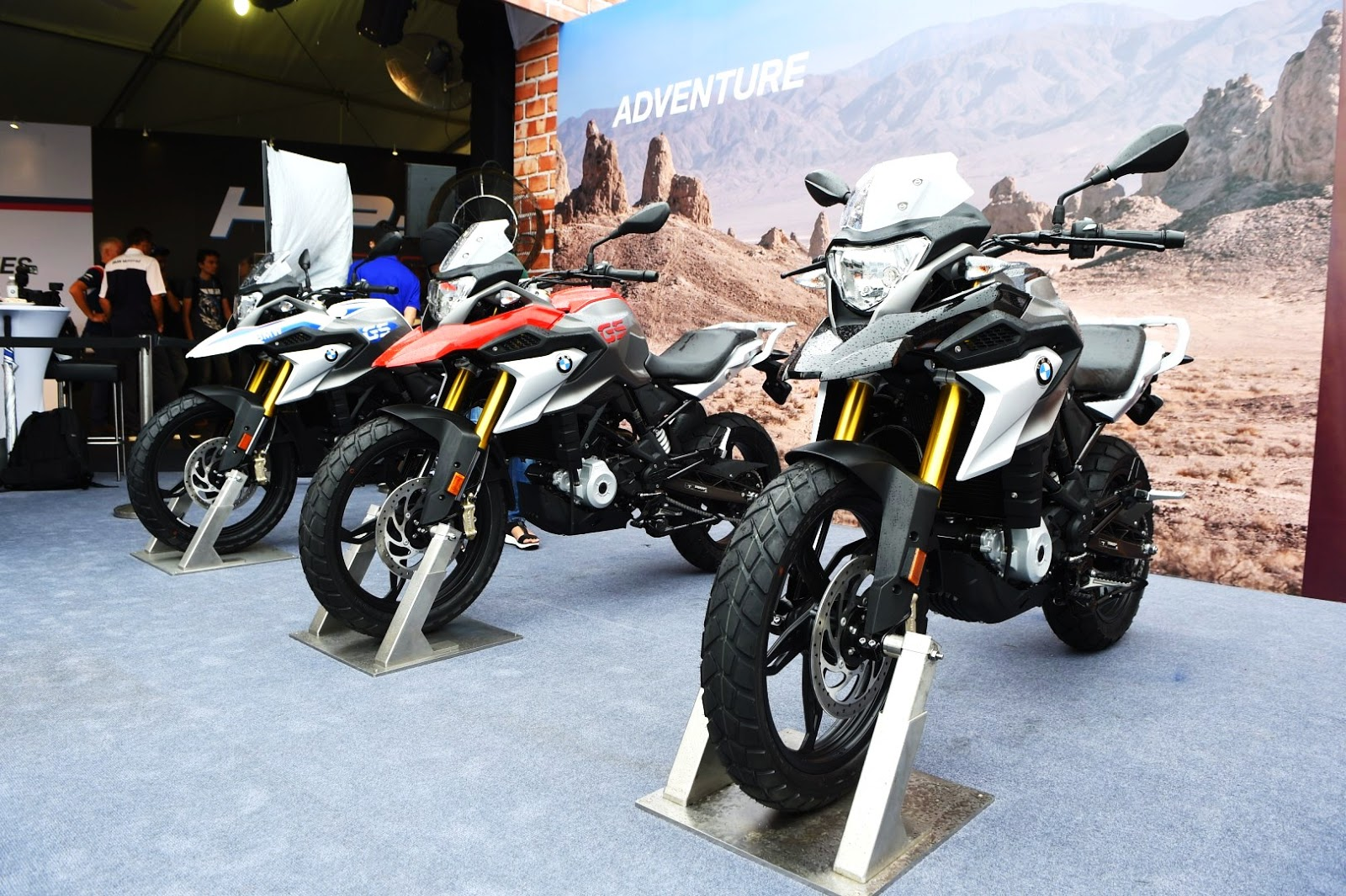 motoring malaysia all new bmw hp4 race all new bmw g 310 gs and the new bmw s 1000 xr have. Black Bedroom Furniture Sets. Home Design Ideas