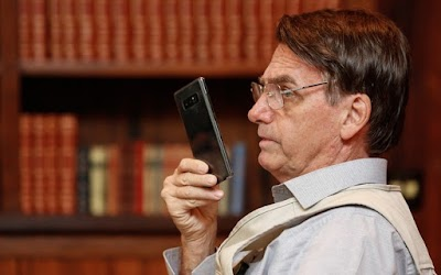 Outro ministro de Bolsonaro tem celular Hackeado