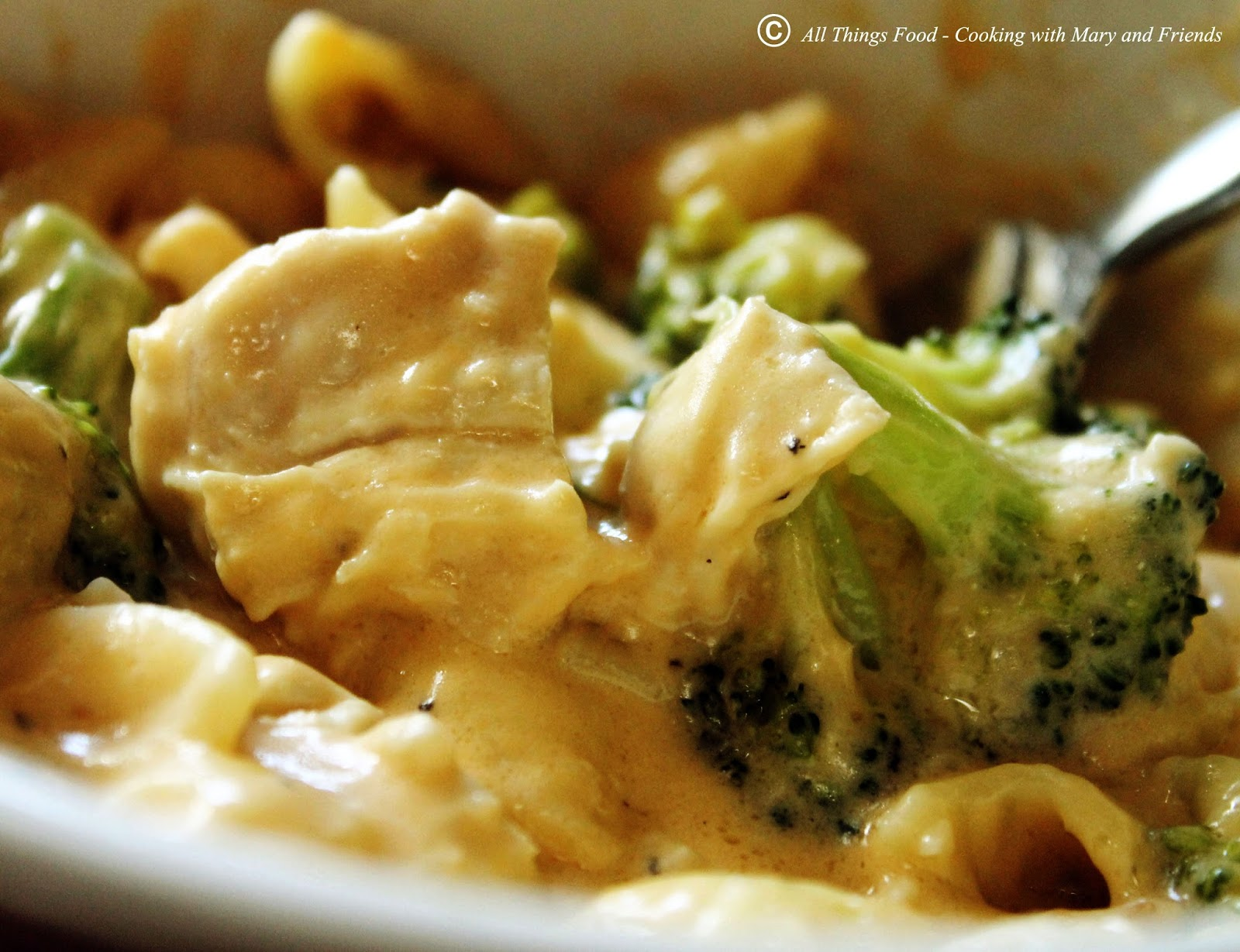 Tasty Cheesy Chicken Broccoli Pasta