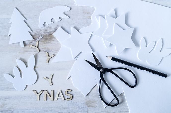 Vorlagen aus weißem moosgummi. Sterne Eisbären, Tannenbäume, Osterhasen und Ypsilos aus Holz