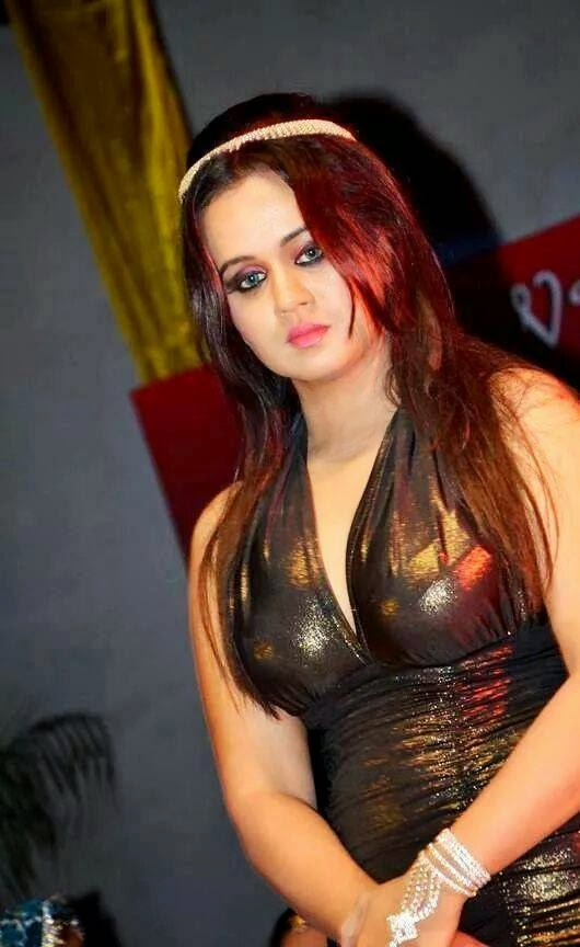 Top 10 bhojpuri actress Gunjan Pant Biography wiki, Latest photos of Gunjan Pant, new film pics, wallpaper, film, top 10 list