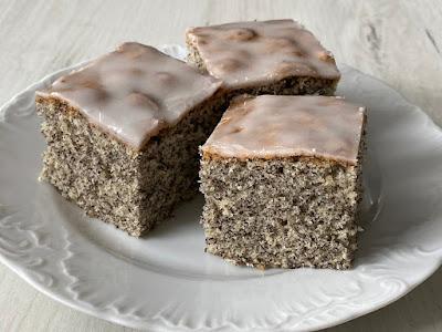Makowe ciasto z lukrem