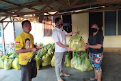 Golkar Sulut Bagi Seribu Paket Holtikultura ke Warga Minsel