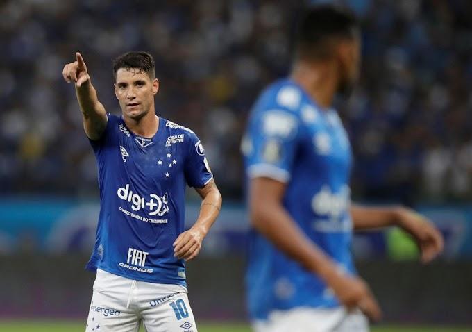 """Wagner Pires de Sá, presidente do Cruzeiro: """"O Thiago Neves é um jogador profissional nosso, de suma importância"""""""