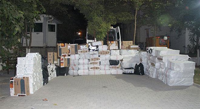 Diyarbakır Bismil'de 750 bin paket kaçak sigara ele geçirildi