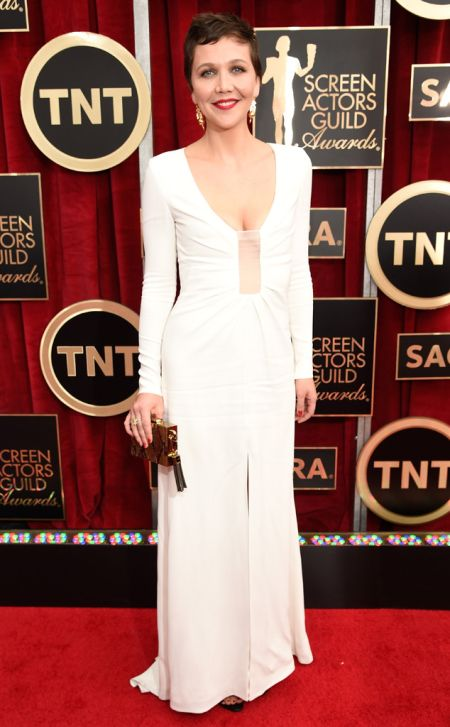 Maggie Gyllenhaal in Thakoon at the SAG Awards 2015