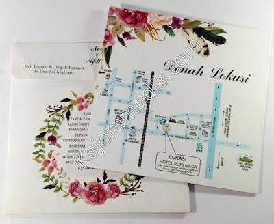 desain bunga untuk undangan