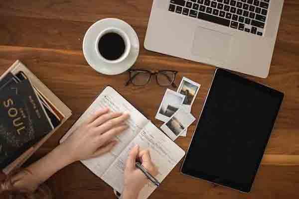 كتابة المقالات على بلوجر, كتابة المقالات, طريقة كتابة مقالات احترافية, الربح من كتابة المقالات, دورة بلوجر, انشاء مدونة مجانا, انشاء موقع مجانا, انشاء موقع على جوجل,