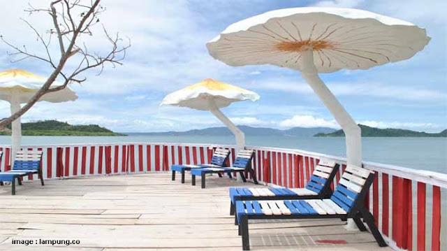 Pantai Dewi Mandapa