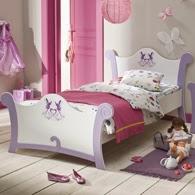 Dormitorio en rosa y morado