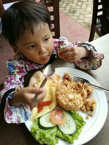 Mencoba Bisnis Nasi Goreng Sambal Tempoyak