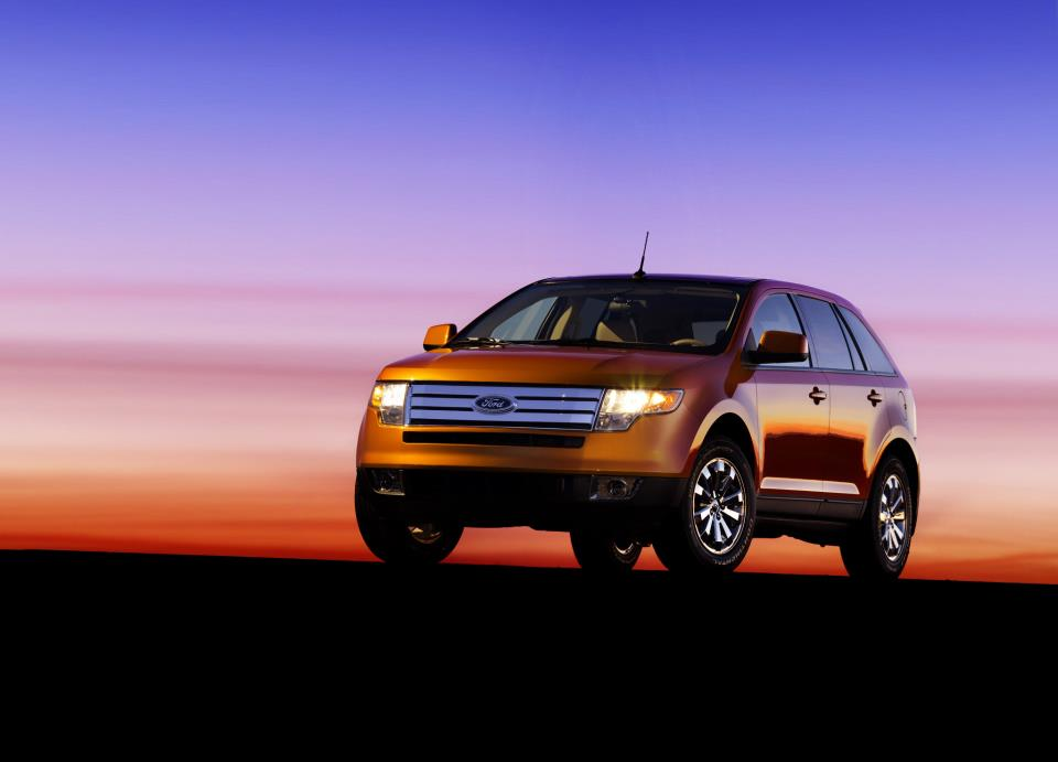 car in Ford Edge 2013